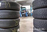 """Die """"Ausrüstung ist den Witterungsverhältnissen anzupassen"""", heißt es in der Straßenverkehrsordnung. Autofahrer, die sich daran nicht halten, sollten wissen, dass mangelhafte Bereifung auch zu Konsequenzen beim Versicherungsschutz führen kann. (Foto: © HUK-COBURG)"""